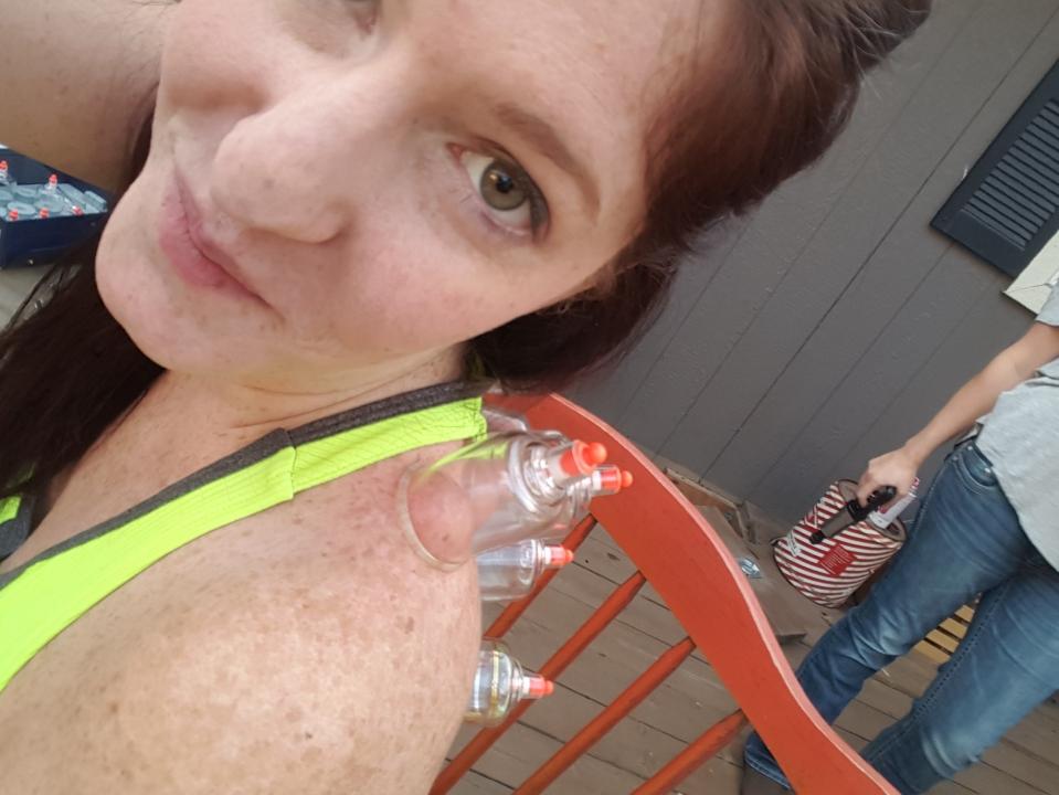 cupping selfie